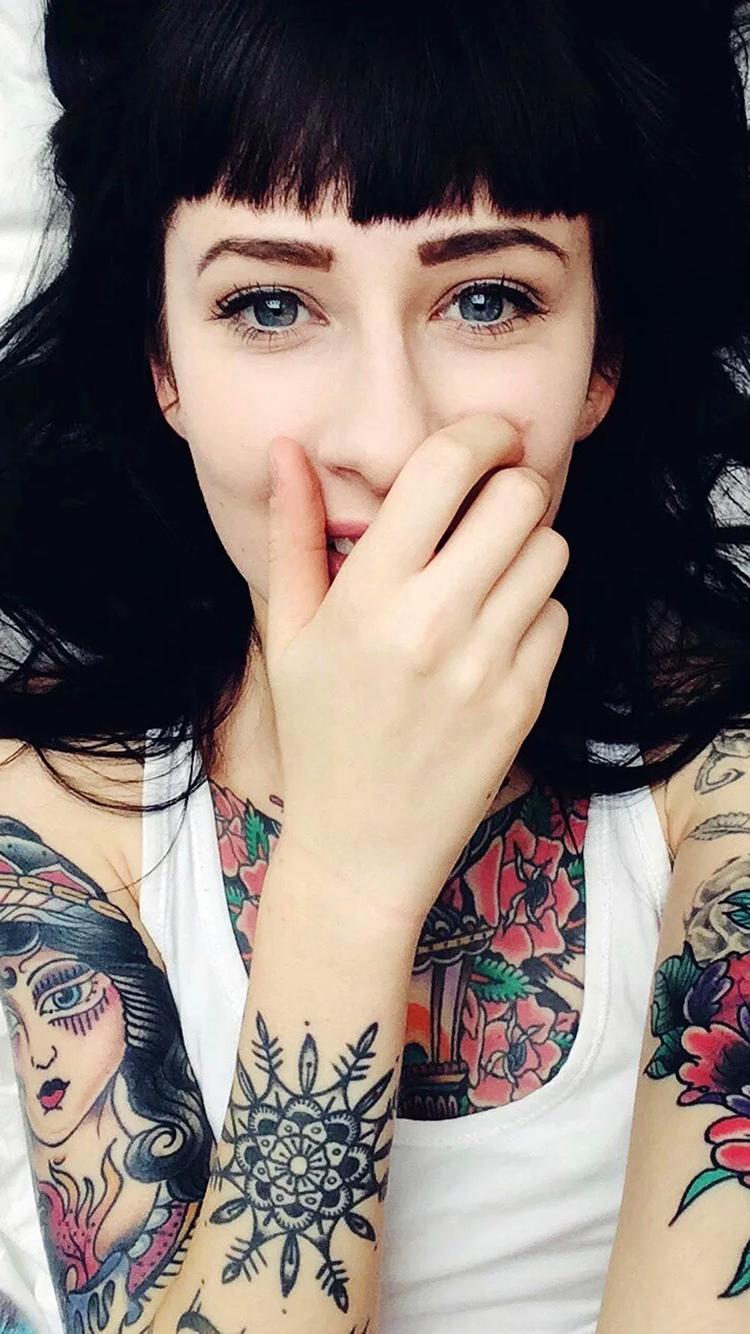 纹身 欧美 女孩 苹果手机高清壁纸 750x1334_爱思助手