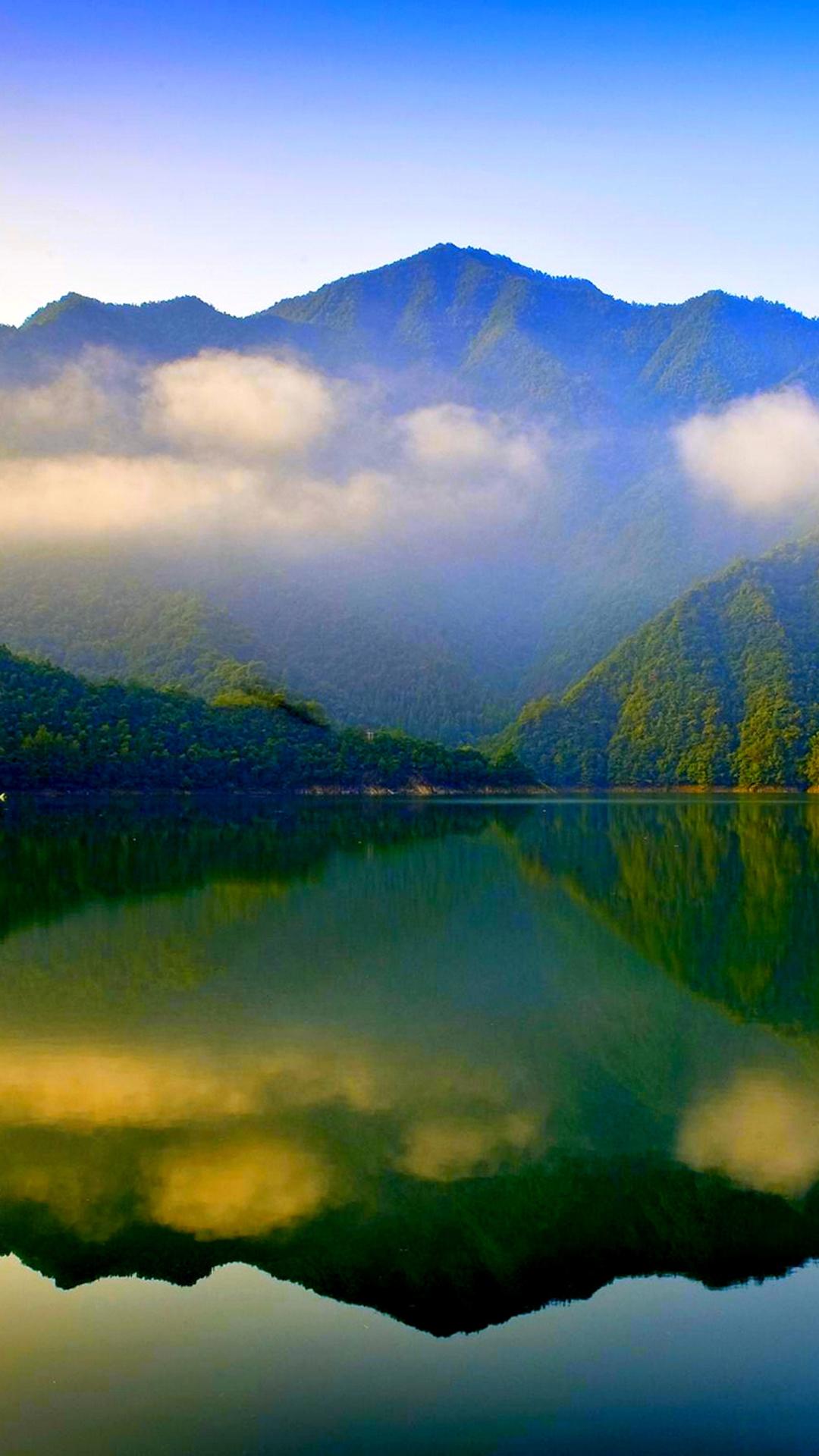 风景 山水 蓝天白云 湖水 苹果手机高清壁纸 1080x1920 爱思助手图片