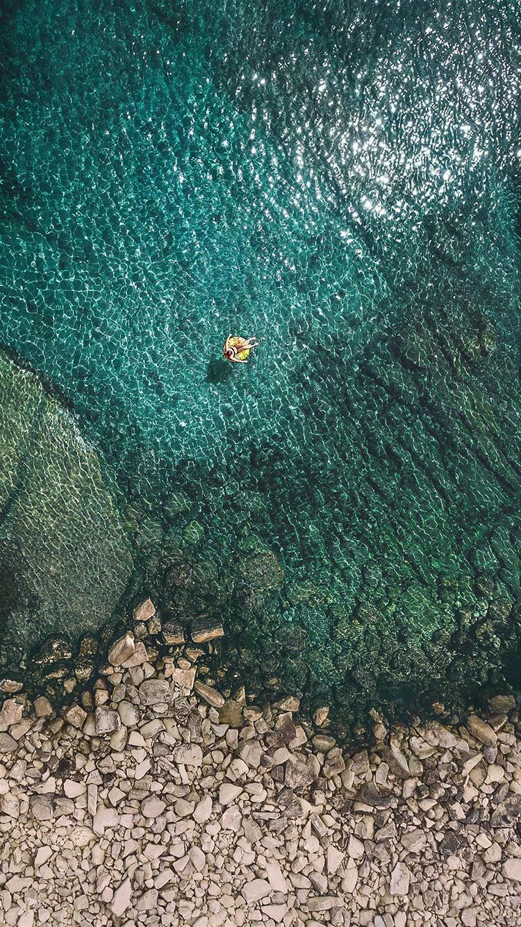 俯视海景 蓝绿色大海 游泳 石头