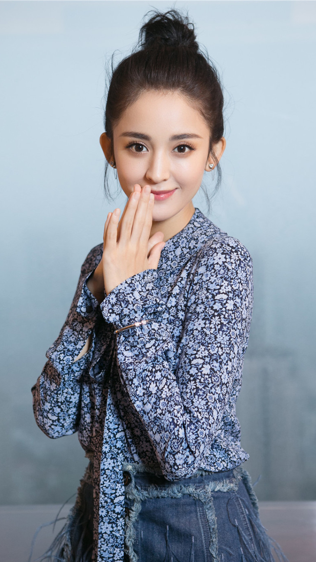 关晓彤 演员 明星 艺人 苹果手机高清壁纸 1080x1920 爱思助手