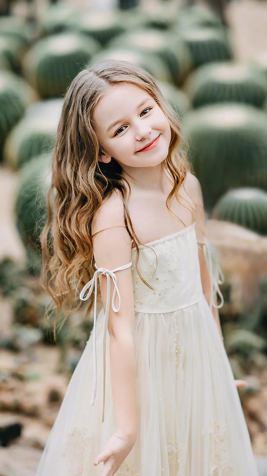 小模特 小女孩 欧美 时尚 仙人球 儿童 甜美