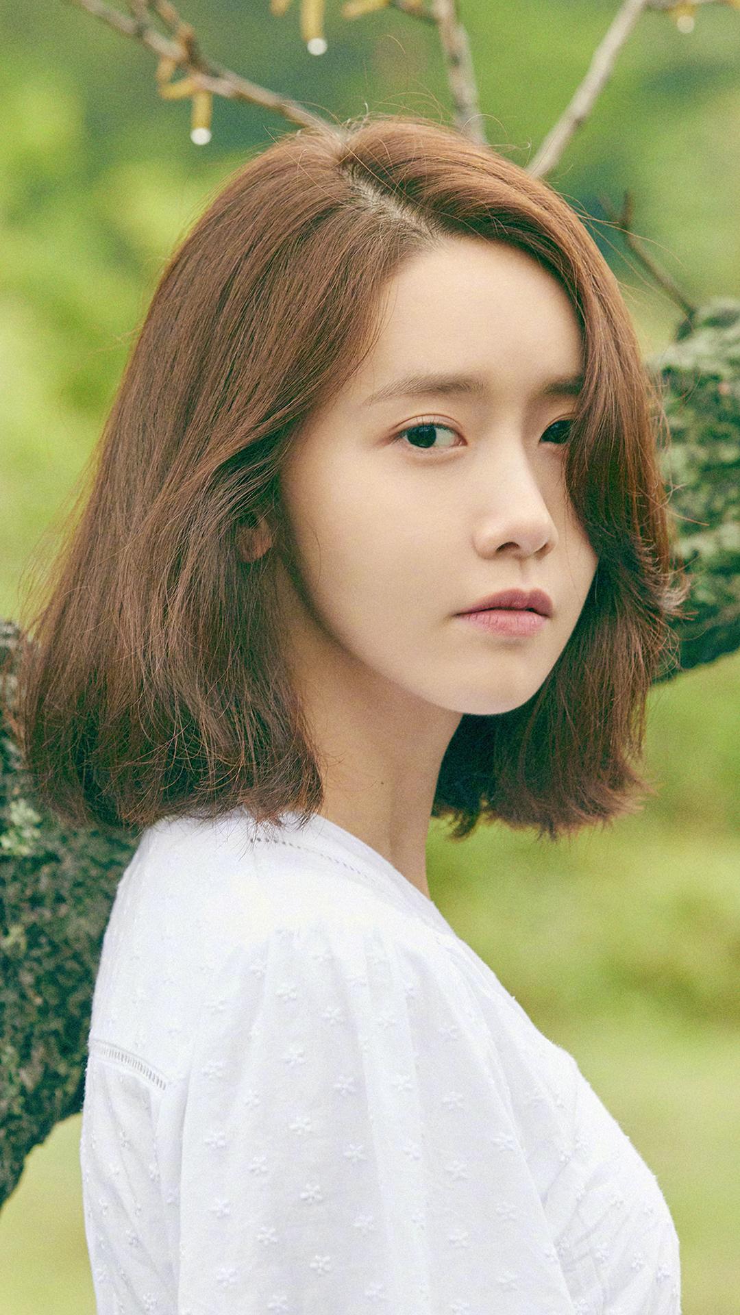 林允儿 韩国 演员 明星 歌手 艺人 短发 绿色 小清新