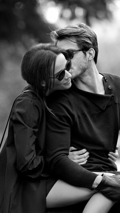 情侣 爱情 黑白 拥抱 亲吻 墨镜 欧美