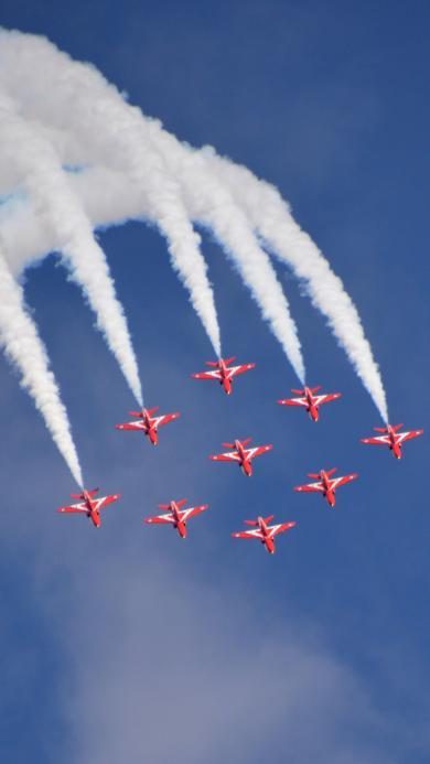 团队特技飞行表演 红色战机