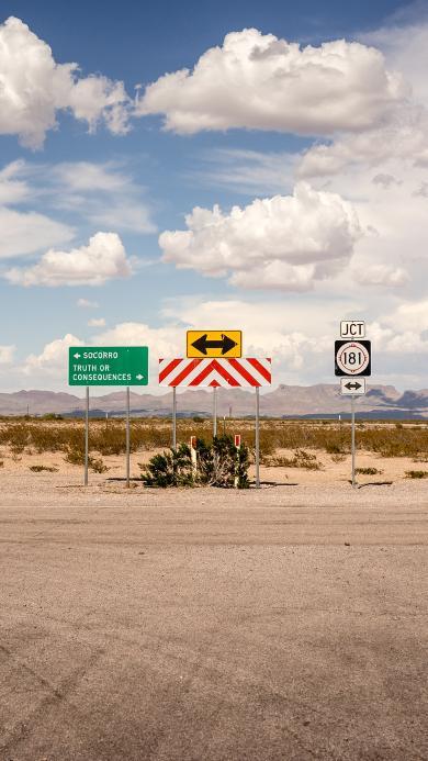 路牌 标志 方向 公路 箭头 蓝天白云