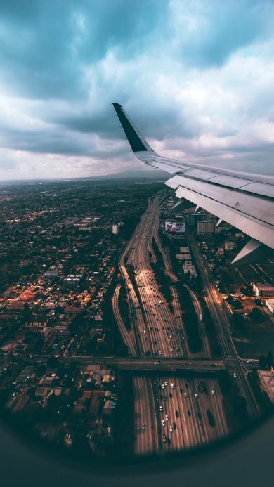 飞机 航拍 城市 道路 建筑 天空
