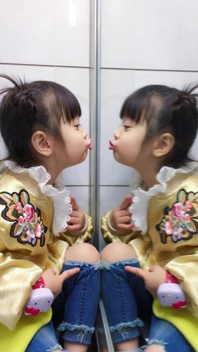 可爱 哈琳 镜面反射 放开我北鼻 萌娃
