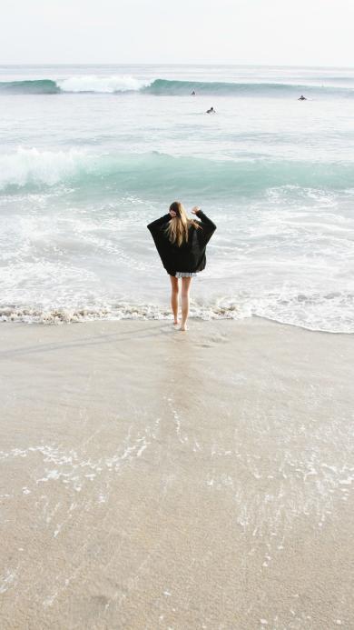 沙滩 海岸边 大海 美女背影