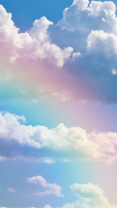 天空中唯美的彩虹