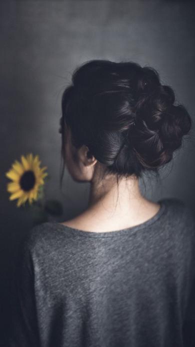 背影 发型 向日葵 灰色 编发 盘发