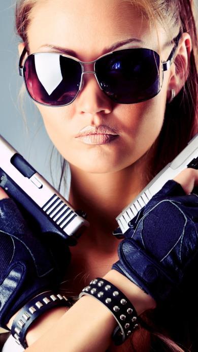 枪手 手枪 墨镜 女战士 射击手 酷