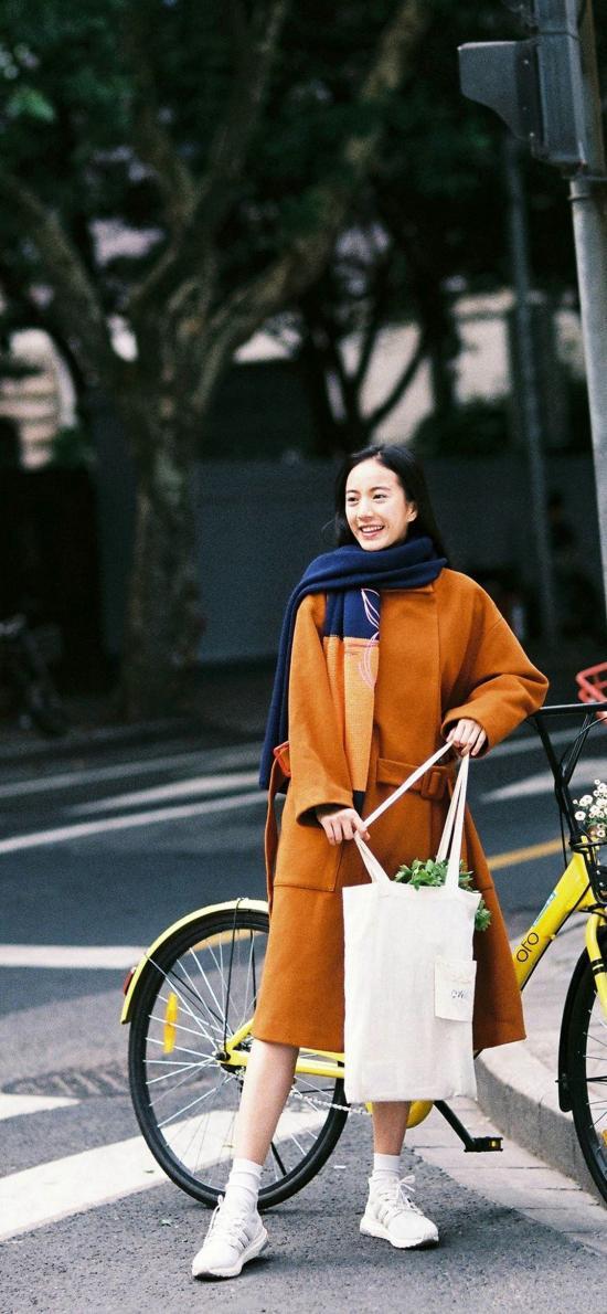 文艺女孩 街拍 单车
