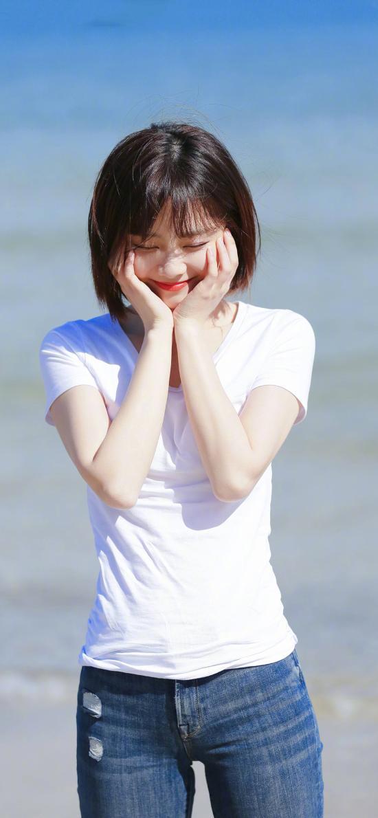 谭松韵 演员 短发 明星 艺人 清新 海边