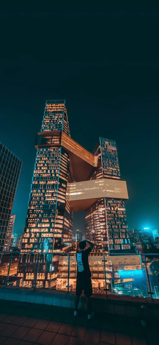 城市 夜景 建筑 繁華 男孩 背影 都市