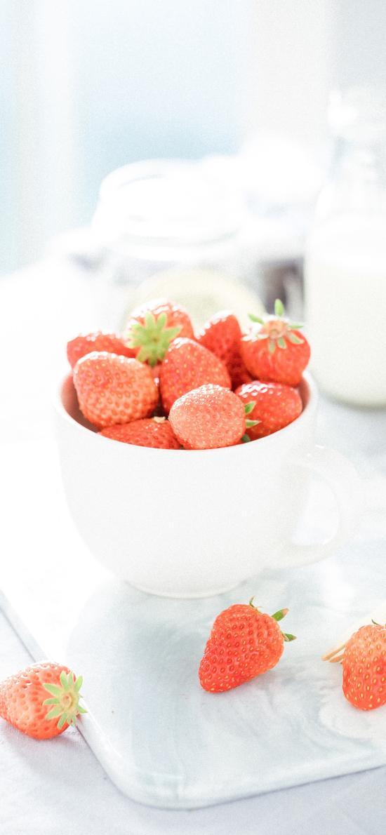 草莓 水果 小清新 文藝 陶瓷碗 牛奶