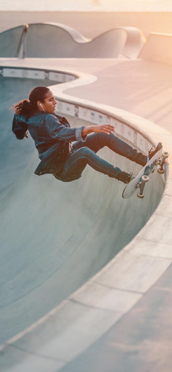 休闲 运动 滑板 帅气