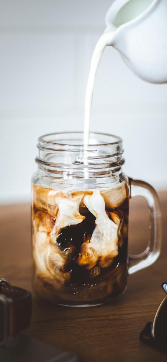咖啡 牛奶 混合 饮品
