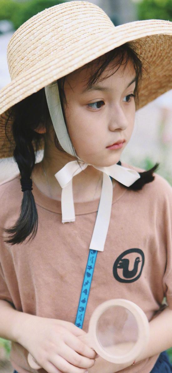 劉楚恬 小葡萄 小女孩 童星 草帽