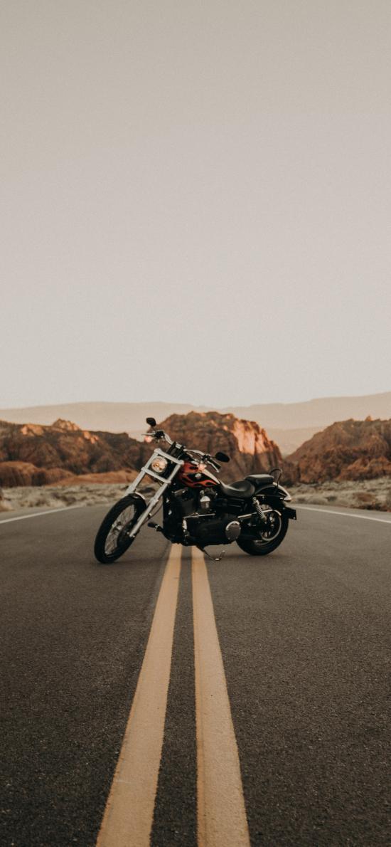 郊外 道路 機車 摩托車
