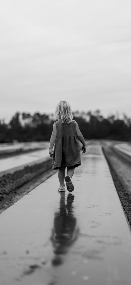 小女孩 背影 黑白 寫真