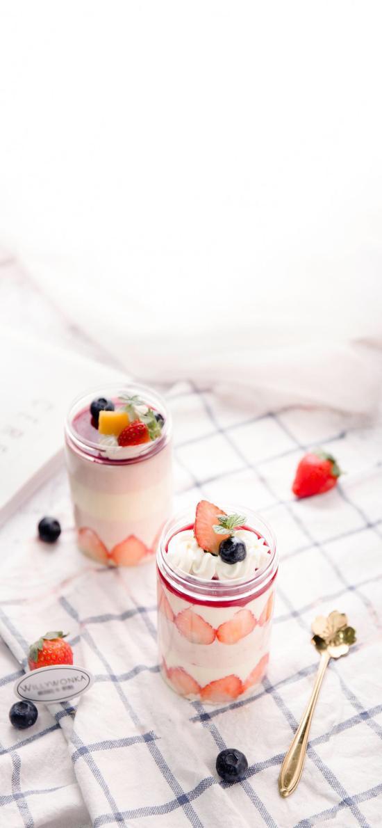 甜品 草莓 奶油 冰淇淋 藍莓