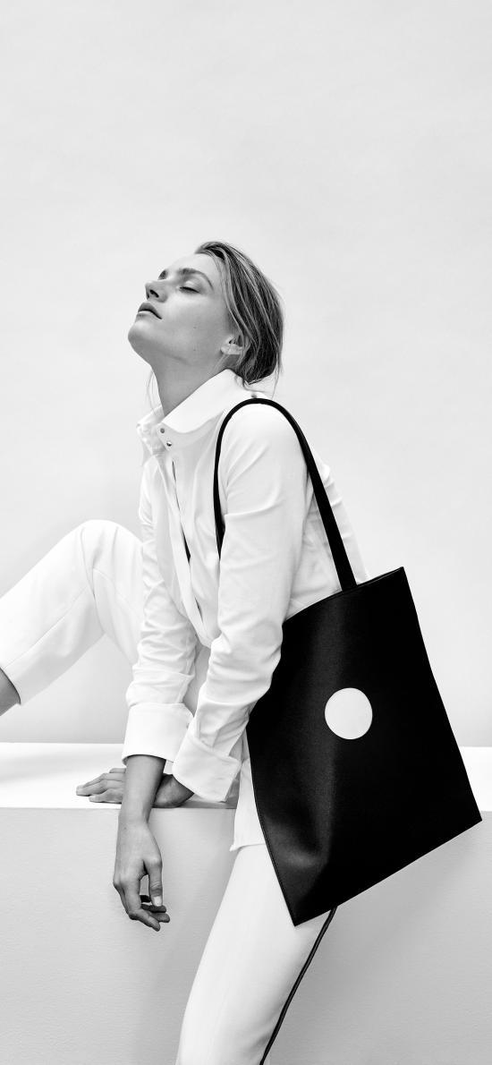 欧美 模特 写真 背包 黑白