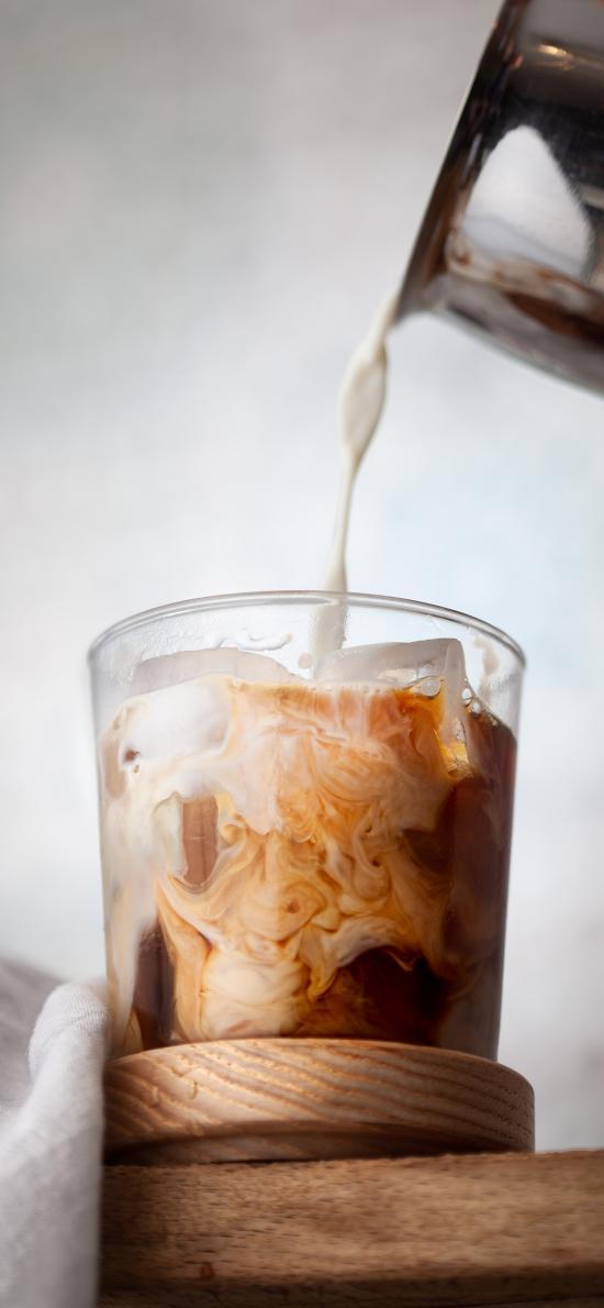 饮品 咖啡 冰块 牛奶
