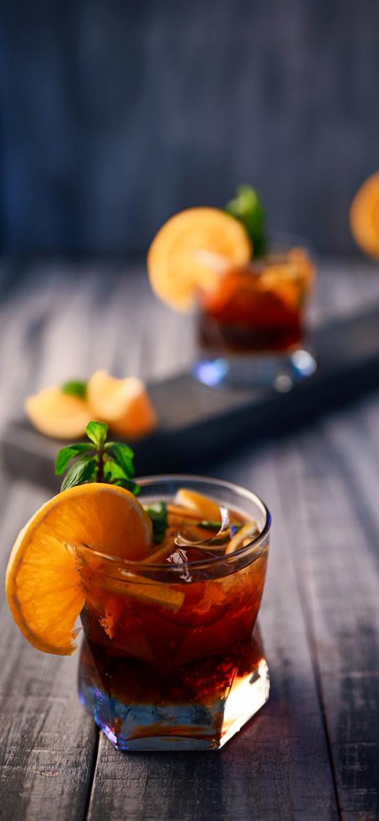 酒杯 柠檬 饮品 冰块