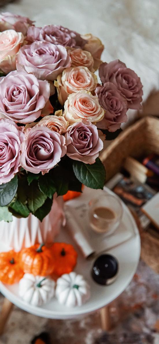 盛开 玫瑰 鲜花 花瓶 摆件