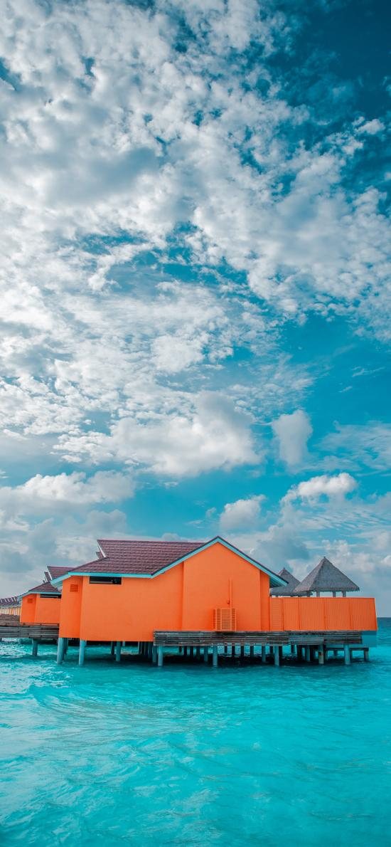 海面 度假 海滨 白云 碧海 蓝天